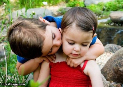 Kids_Kiss.jpg