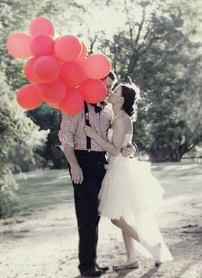 carnival-wedding-red-black_.jpg