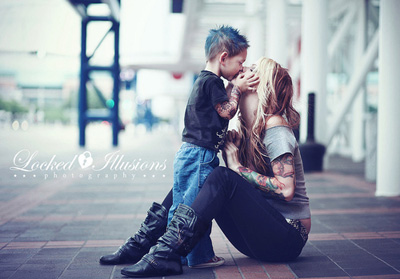children-cute-family-kiss-m.jpg