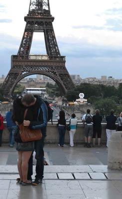 eiffel-kiss.jpg