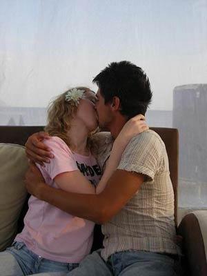 kiss_20120608133112.jpg