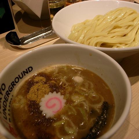 2012-05-18 tokyo UNDER GROUND RAMEN 003