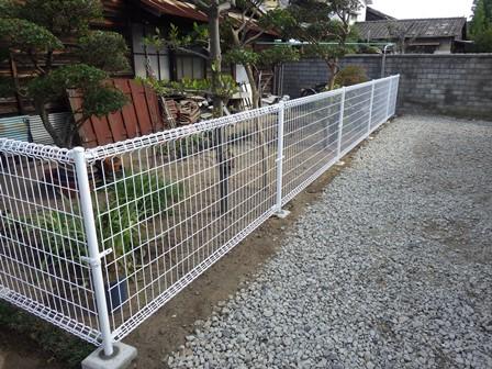 フェンス工事完了 (2)