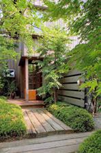 玄関外観イメージ1