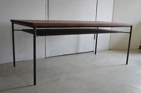 棚付テーブル1