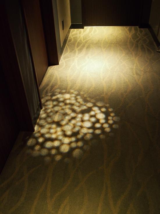 廊下の間接照明