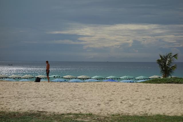 カロンビーチ1