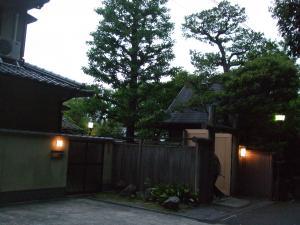 文豪 川端康成さんが作品を描いて居たお宅だそうです