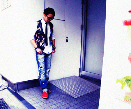 prps-akira-b1_20120529222241.jpg