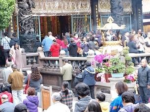 龍山寺参拝客