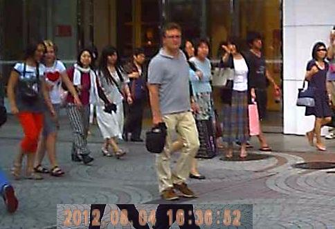 201208061636街宣風景