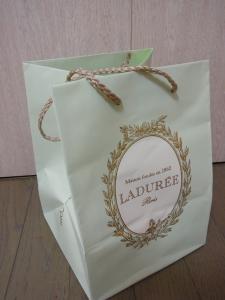 ラデュレ 新宿店 29