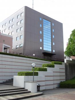 駒沢女子大 大学棟