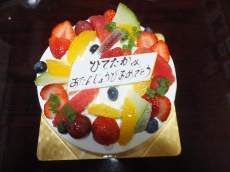 息子の誕生日のケーキ。。。