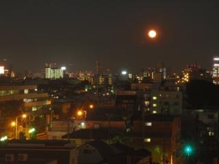 2012/05/06欠けはじめのスーパー満月