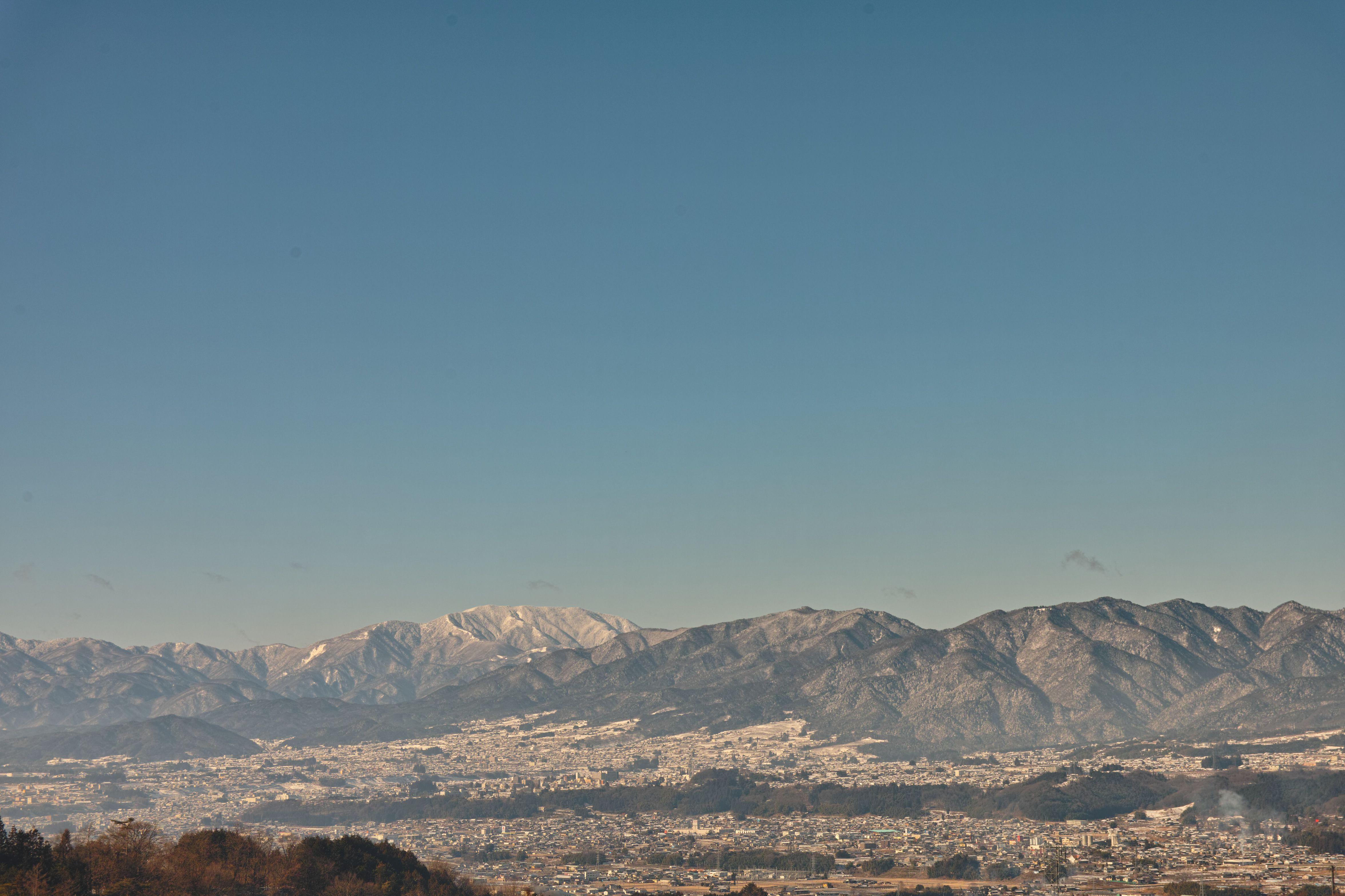 冬の飯田市遠景_compressed