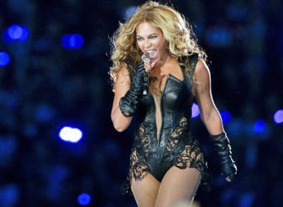 Super_Bowl_XLVII_04_Beyonce