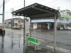 六月田中バス停
