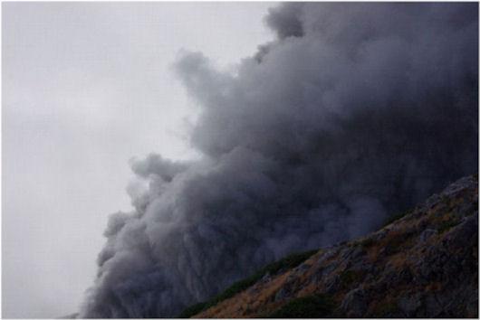 伊左治御岳噴火画像9