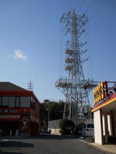 岩戸線5号とファミリーレストラン