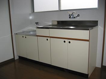 サンライフカナヤマ13号キッチン