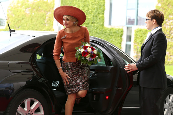Queen+Maxima+King+Willem+Alexander+Meets+Angela+UrkPKgacSmZl.jpg