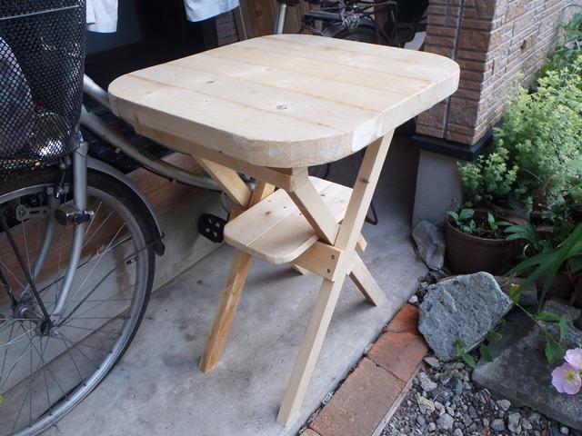 ガーデンテーブル120527