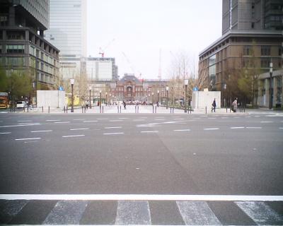 姿を見せた東京駅:R2
