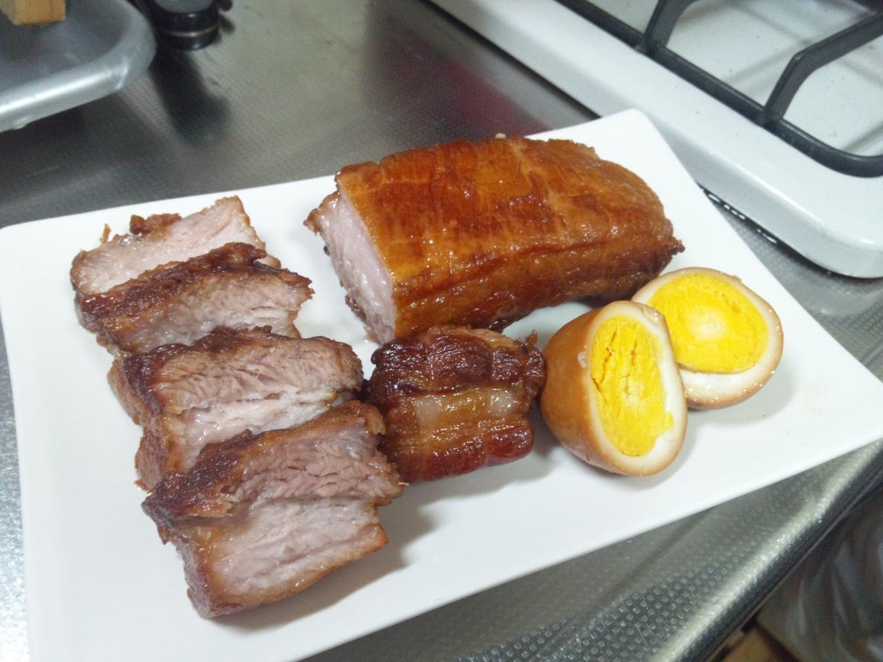 焼き豚と煮玉子