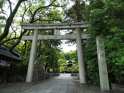 okazaki_shrine_01.jpg