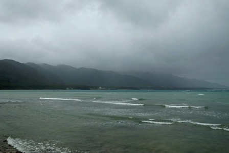 雨と強風の太田湾