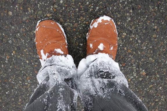 雪中歩行後