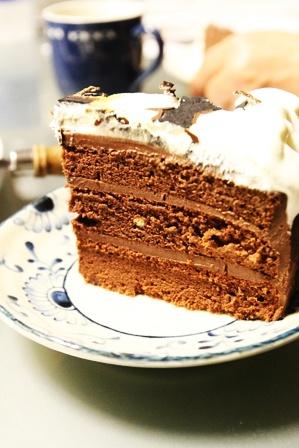 ワンコの似顔絵(!)誕生日ケーキを作ってみた。