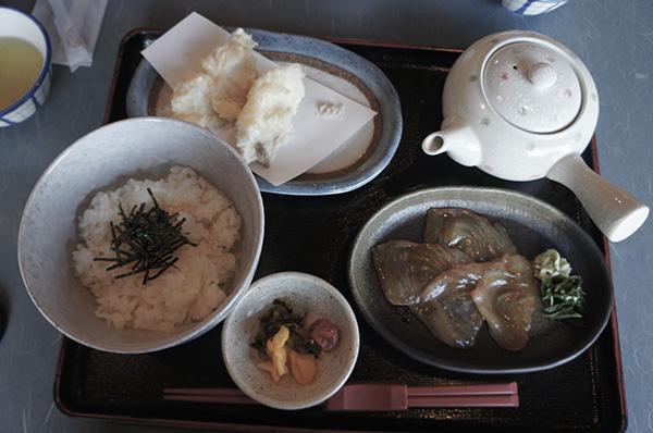 活魚料理『千とせ』の鯛茶漬け