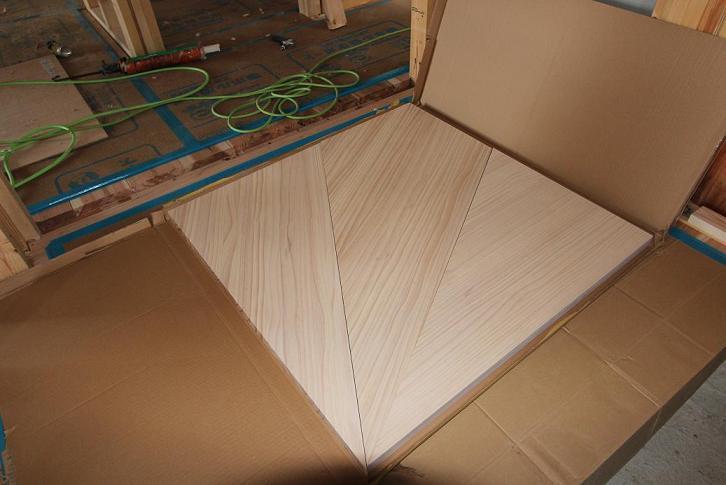 無垢板階段コーナー材
