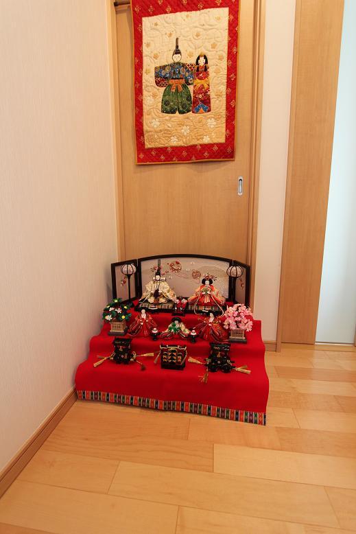 雛人形(玄関ホール)