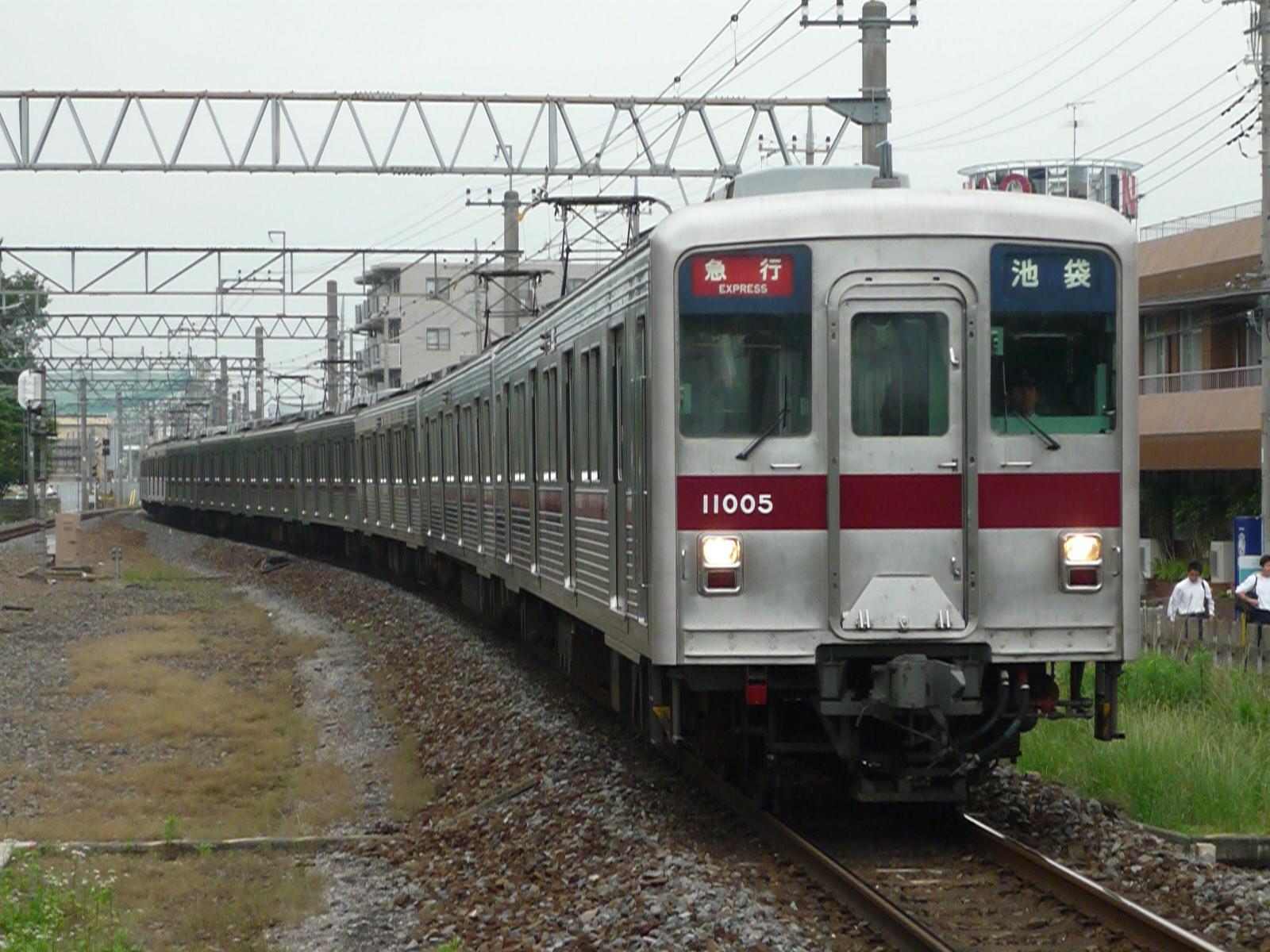 2012-06-11-03
