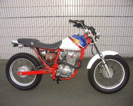 FTR223torikoモーターステージマフラー