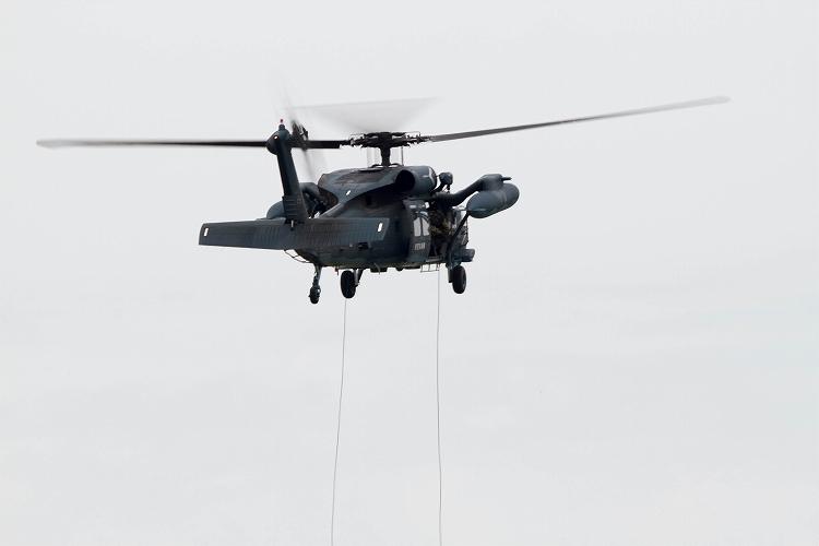 UH-60J_-2.jpg