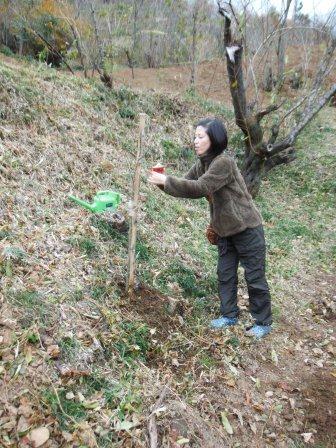 DSCF0057植樹完成2