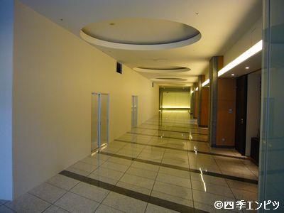 201110 六本木一丁目駅