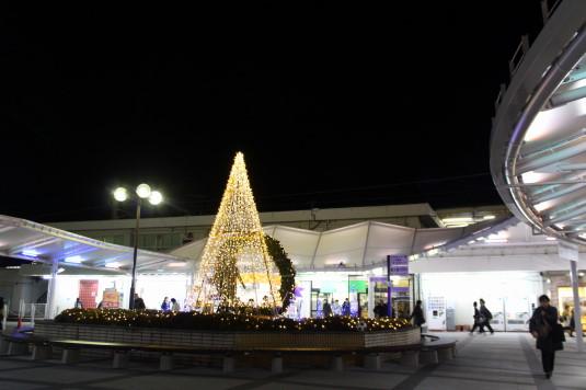 イルミネーション 韮崎駅 駅前