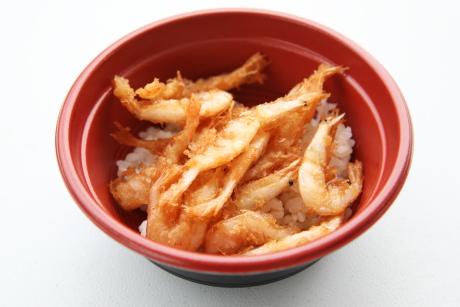シロエビ丼