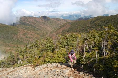 55甲武信ヶ岳への登り