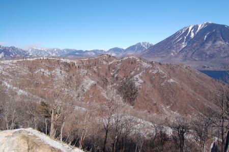 10社山への尾根から