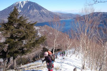 15社山への尾根から