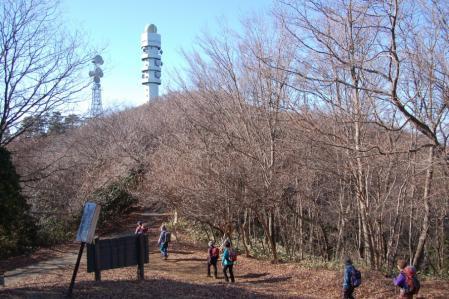 9高鈴山へ
