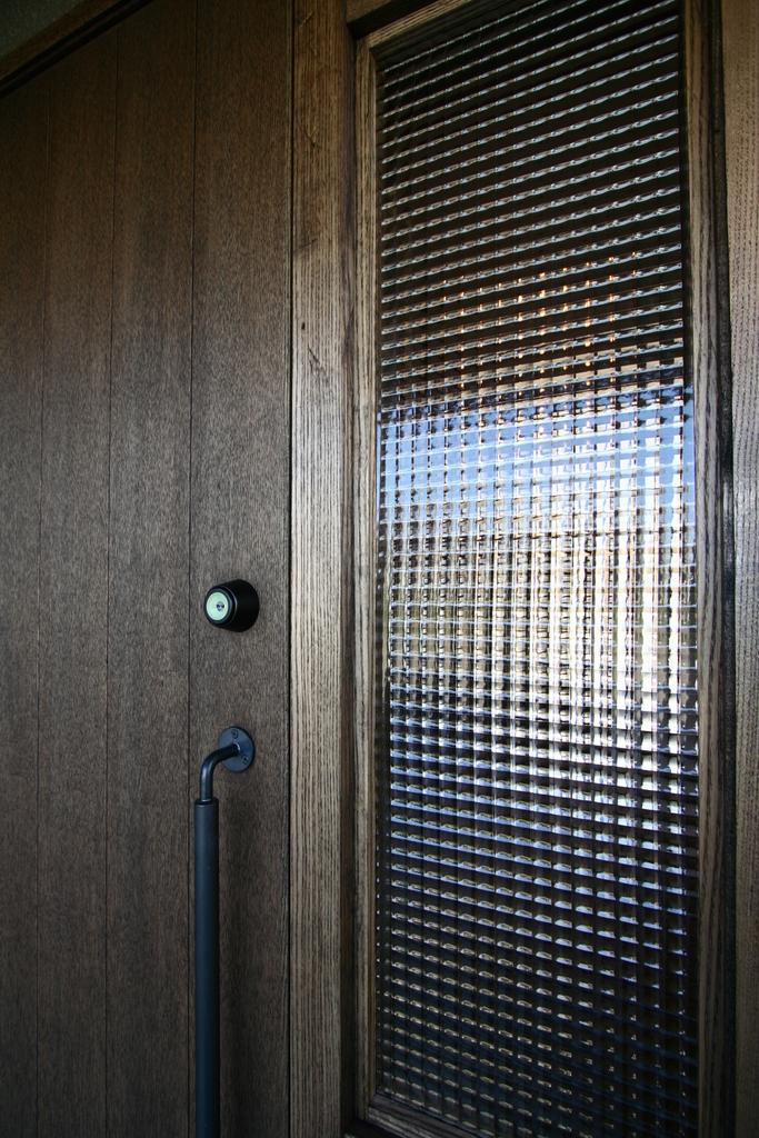 入居前完成写真玄関4