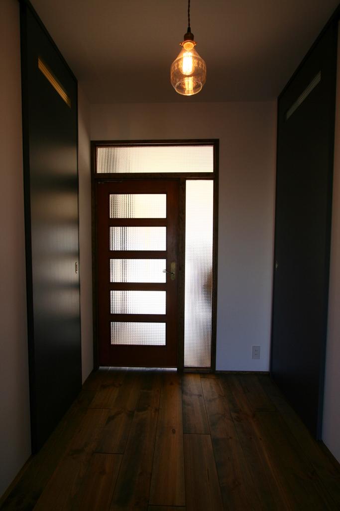 入居前完成写真玄関5