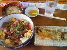 ウニ入りマグロヅケ丼